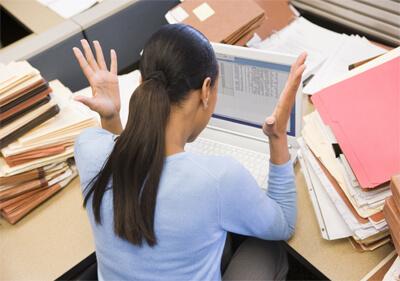 http://easysmallbusinesshr.com/ESBHRpix/Overworked%20Employee.jpg