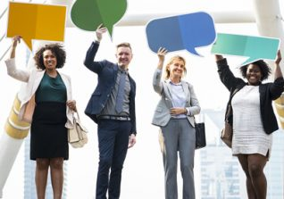 Effective Communication in the Workplace – Keep The Lines Of Communication Open