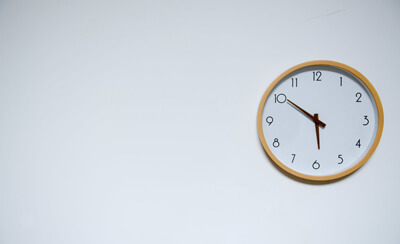 Hot Topics From Around The Web:  The Implication of Daylight Savings Time For Employers and Hourly Staff